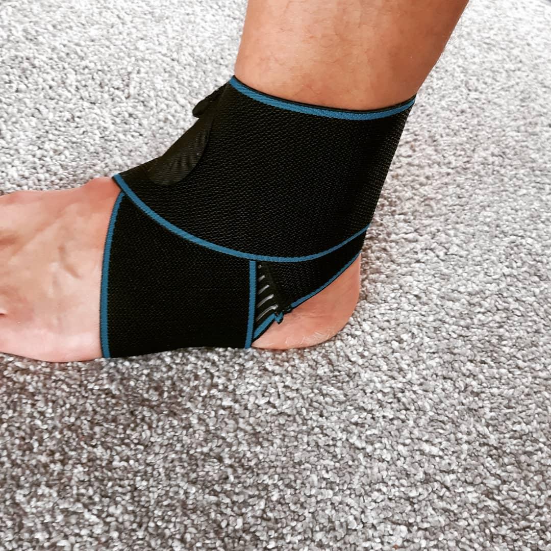 tutore-per-caviglia
