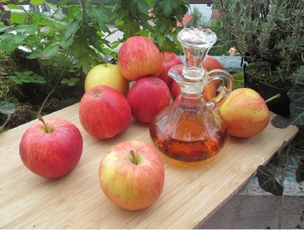 proprieta-dellaceto-di-mele