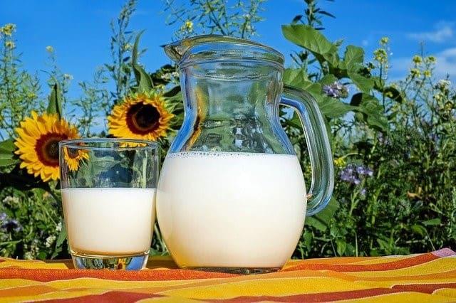 si-a-latticini-e-ad-alcuni-alimenti-a-base-di-soia