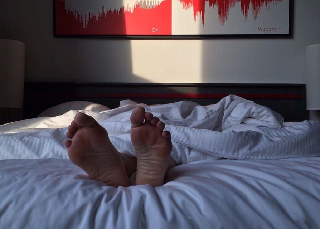 Piedi-caldi-non-riesco-a-dormire